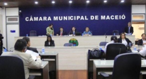 Servidores municipais de Maceió anunciam paralisação para esta terça-feira