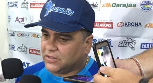 Marcelo Cabo tenta explicar o péssimo desempenho do CSA na estreia do Brasileirão