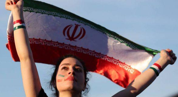 Fifa quer mulheres nos estádios do Irã