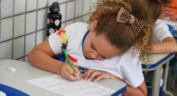 AL reduz analfabetismo e tem 99% das crianças entre 6 e 14 anos na escola