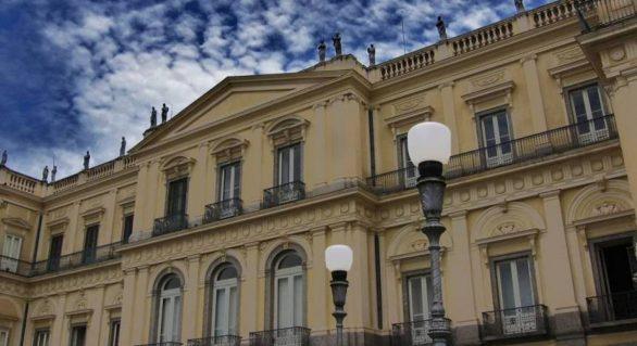 MEC destina R$ 900 mil para reconstrução do Museu Nacional