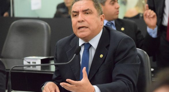 PDT terá candidato a prefeito de Maceió, avisa líder do partido