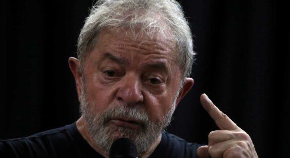 Ex-presidente Lula comenta caso Neymar e detona a Globo