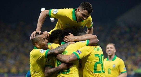 Brasil vence Paraguai e se classifica para semifinais
