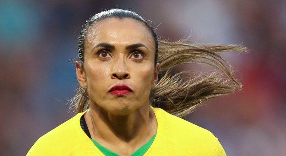 Brasil perde para França e discurso de Marta emociona