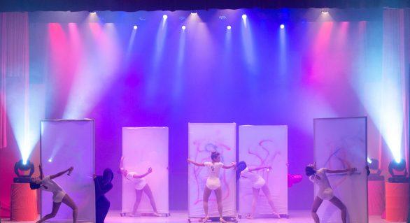 Cia El Guibbor dança Mariah's no Teatro Deodoro