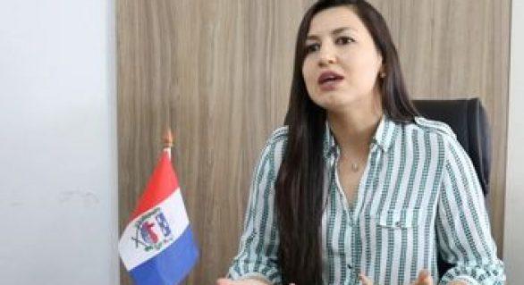 Secretária Cláudia Petuba deve explicações ao governo de AL