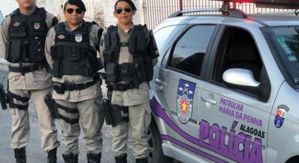 SMTT faz fiscalização de táxis em Maceió