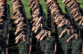 Enviar Exército para combater queimadas na Amazônia é estudado pelo governo