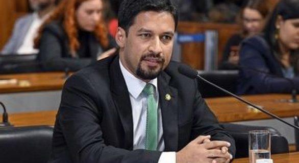Rodrigo Cunha se junta a movimento contrário às medidas de Davi Alcolumbre