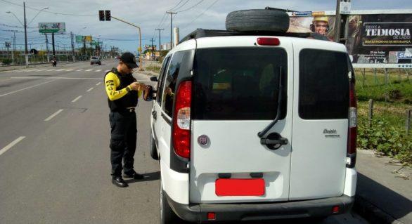 SMTT remove veículos clandestinos durante fiscalização