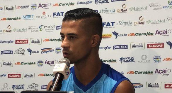 Ricardo Bueno desfalca o CSA por pelo menos três semanas