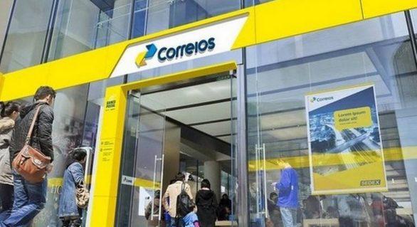 Paulo Guedes confirma Correios na lista de privatizações para este ano
