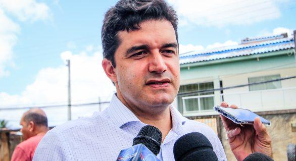 Falta de reordenamento em Maceió é reflexo de baixo efetivo, diz Rui