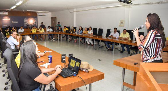 Prefeitura promove palestra para servidores públicos