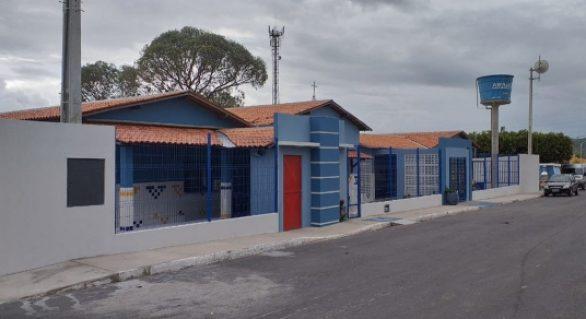 Pavimentação de vias e entrega de escolas serão feitas no município de Carneiros
