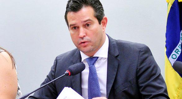 Secretários do Estado são convidados a prestar esclarecimentos