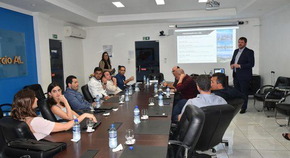 Empresários participam de reunião preparatória