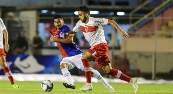 CRB, melhor visitante da série B, terá dois jogos em Maceió