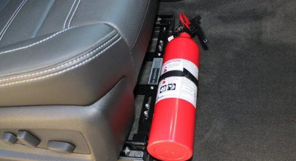 Carros de passeio podem voltar a ter obrigatoriedade do extintor de incêndio