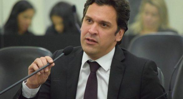 Deputado pretende barrar importação de etanol dos EUA
