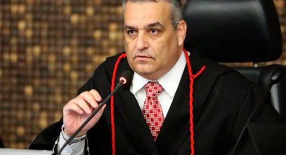 Gaspar diz analisar declarações de Coaracy para dar resposta adequada