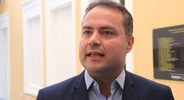 Governador anuncia que até o final do ano será lançado edital para o concurso da saúde