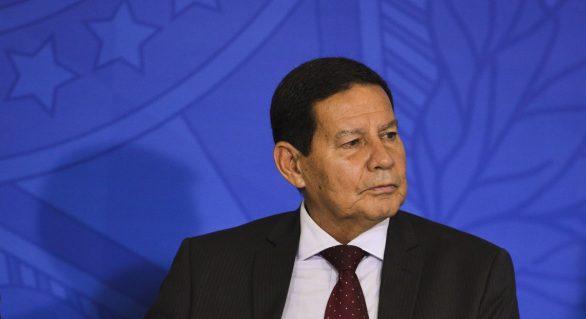 Guerra econômica entre China e EUA afeta o Brasil, diz Mourão