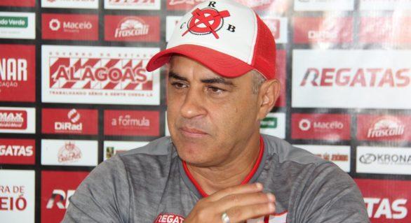 Com dois desfalques, Marcelo Chamusca busca vitória para se manter no CRB