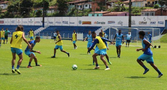 Didira sente a coxa e está fora do jogo contra o São Paulo