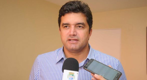 Rui Palmeira descarta parceria política com JHC e Gaspar