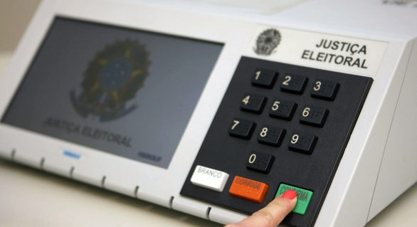 Nova pesquisa aponta favoritos na eleição de prefeito em Maceió