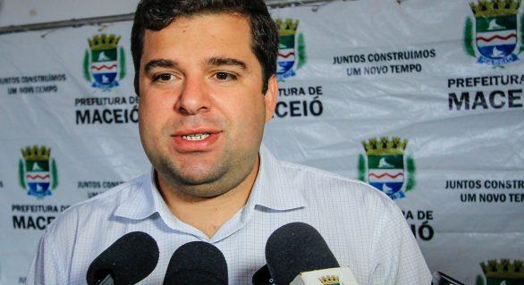 Sem apoio de Rui Palmeira, vice-prefeito pode ficar fora das eleições 2020
