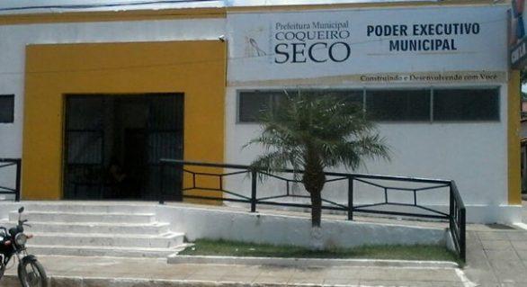 Após notificação, prefeitura de Coqueiro Seco busca reduzir excesso de despesas com pessoal