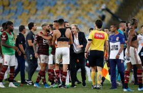 Flamengo entra com representação contra dirigente vascaíno