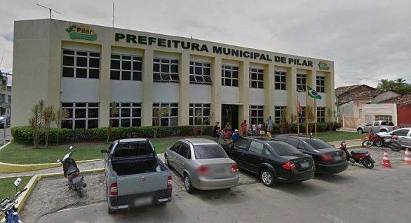 Prefeitos de Pilar e Barra de Santo Antônio são advertidos por excesso de gastos