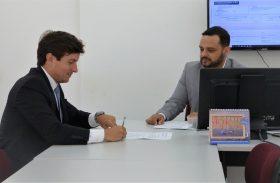 MPT firma TAC com Barra de São Miguel para garantir melhores condições de trabalho na limpeza urbana