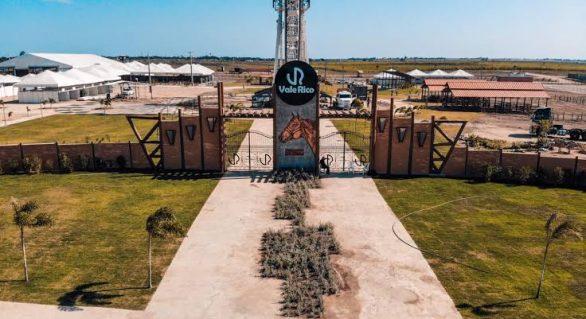 Vale Rico realiza 2ª Vaquejada do Milhão e Leilão