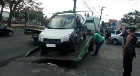 SMTT faz operação contra transporte irregular na capital