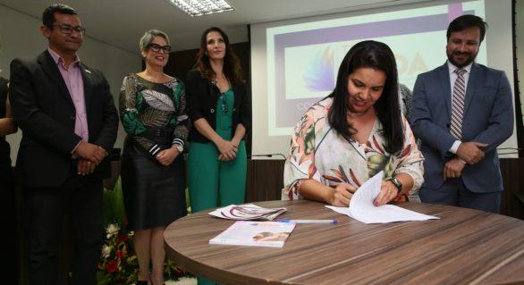 'Tem Saída' deve beneficiar 220 mulheres vítimas de violência doméstica na capital