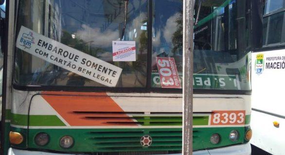 Ônibus são lacrados após fiscalização em terminais