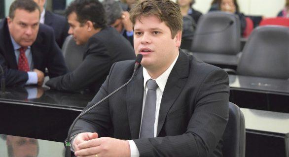 Davi Davino deve ser o nome para polarizar disputa em Maceió