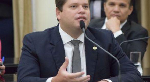 Davi Filho tem 'sinal verde' de PP para candidatura à prefeito de Maceió