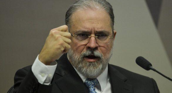 Aras defende repasse de R$ 1,6 bi da Lava Jato para conter coronavírus