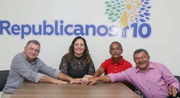Sem confirmação de Luciano Barbosa, Fabiana Pessoa confirma pré-candidatura à prefeita de Arapiraca
