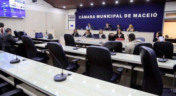 Em Maceió, vereadores se dividem entre Davi, Gaspar e JHC