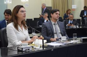 Deputados protocolam PL que indica ações e cuidados de volta às aulas