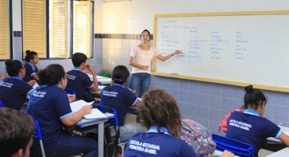 Governo de AL e Instituto Península fecham parceria para prestar apoio socioemocional a educadores