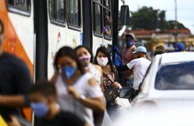 Alagoas confirma mais 828 casos de Covid-19 em 24h