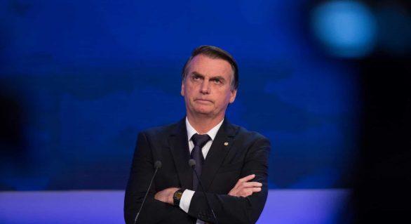 Parlamentares criticam fala de Bolsonaro sobre agredir jornalista